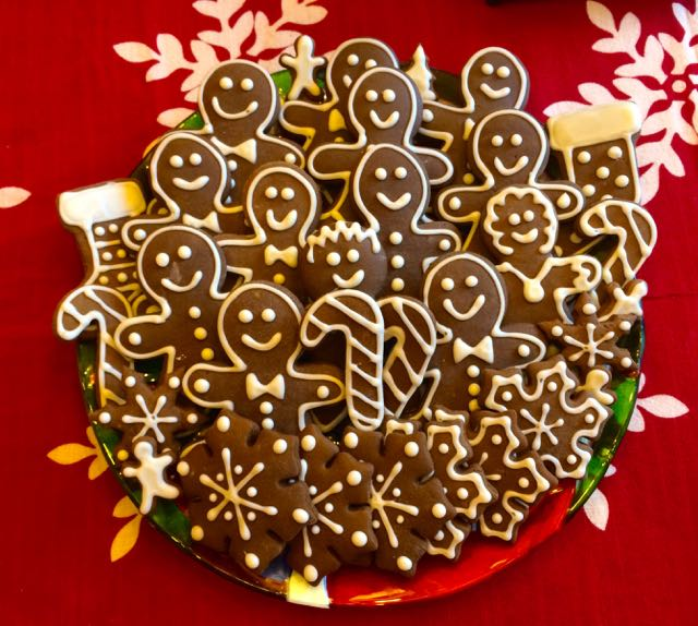 ... these low fat and low sugar Gingerbread cookies are sure to please